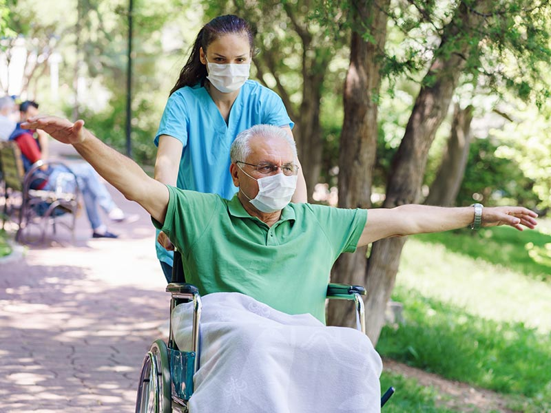 Why Caregivers Need Regular Breaks, and How Senior Living Communities Can Help