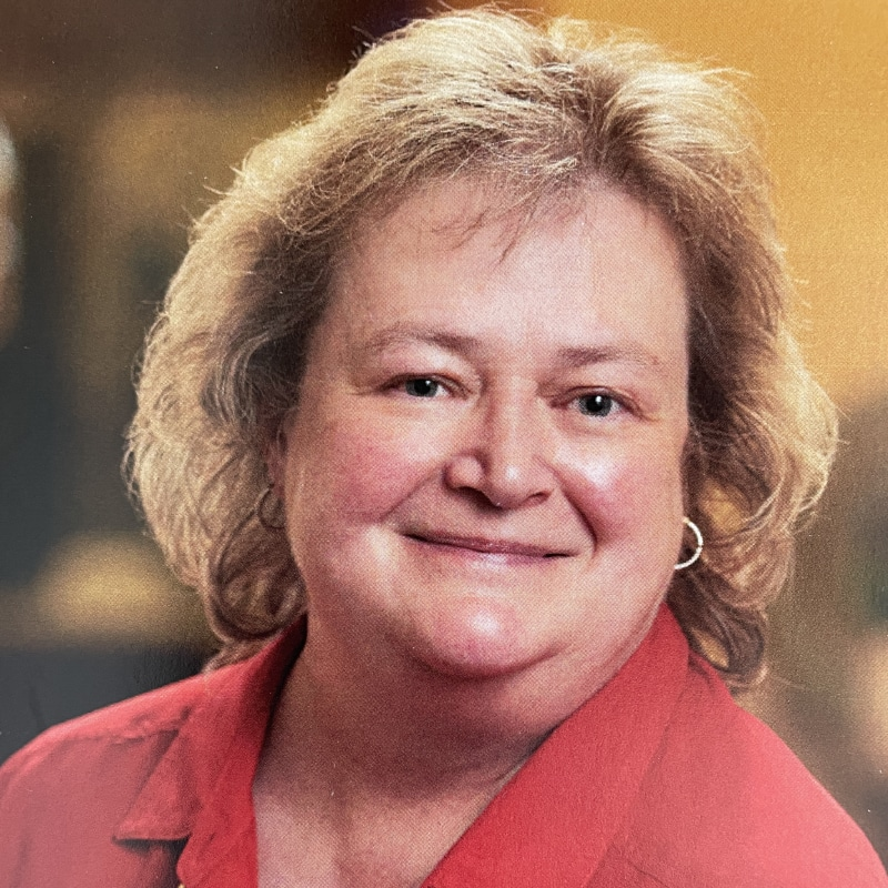 Team Member Cindy Batey